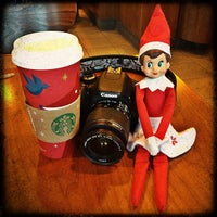 Photo taken at Starbucks by Laurie H. on 12/13/2012