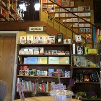 Photo taken at Upstart Crow Bookstore & Coffeehouse by Anna Eunbyul C. on 5/2/2014