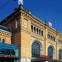 Photo taken at Hannover Hauptbahnhof by Deutsche Bahn on 11/30/2012
