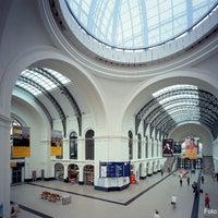 Photo taken at Dresden Hauptbahnhof by Deutsche Bahn on 12/14/2012