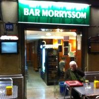 Foto tomada en Bar Morryssom por Raúl M. el 3/20/2013