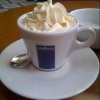 11/23/2012 tarihinde Serkan L.ziyaretçi tarafından Coupe Lunch Pub'de çekilen fotoğraf