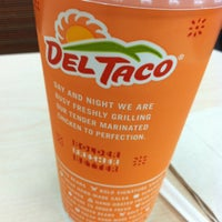 Photo taken at Del Taco by Mer ⭐. on 7/11/2013