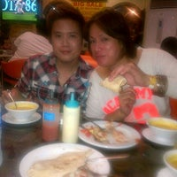 Photo taken at Shawarma Snack Center Ermita Manila by Frederick S. on 4/27/2013