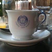 Foto scattata a Cafe San Marco da Wolfgang R. il 10/4/2012