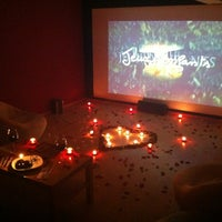 Foto tirada no(a) Kafika - Kaçırdığınız Filmler Kahvesi por Helin K. em 4/26/2013