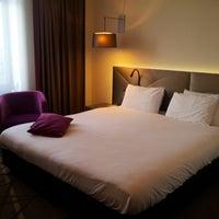 Das Foto wurde bei Mercure Hotel Martiniplaza von A. G. am 8/30/2014 aufgenommen