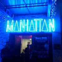 รูปภาพถ่ายที่ Manhattan โดย Harun T. เมื่อ 11/25/2012