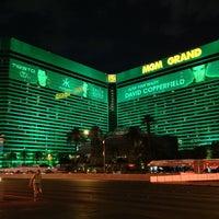 Das Foto wurde bei MGM Grand Hotel & Casino von Chris F. am 7/17/2013 aufgenommen