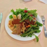 Das Foto wurde bei Lótus Restaurante Vegetariano von Frederico Godô G. am 7/20/2013 aufgenommen