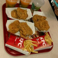 Photo taken at KFC by Belén B. on 8/20/2016