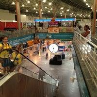 Foto tirada no(a) Terminal Multimodal Ramos de Azevedo por Thiago C. em 12/3/2012