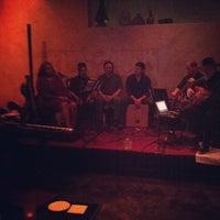 Das Foto wurde bei Mercy, a Wine Bar von George F. am 4/22/2013 aufgenommen