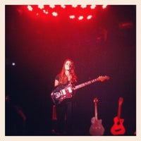 Photo taken at Le Poisson Rouge by Johnny L. on 11/14/2012