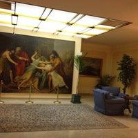 Foto scattata a Hotel Napoleon Roma da Alon C. il 10/28/2014