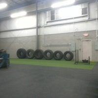 Photo taken at Revolution- Fitness Evolved by Luiz S. on 2/27/2013