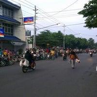Photo taken at Pasar Sentul by Choiri S. on 12/2/2012