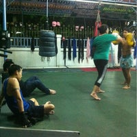 Photo taken at Nikhom Muay Thai Virapol GYM by Pinladee O. on 3/5/2013