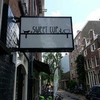 Foto tirada no(a) Sweet Cup por Frans K. em 6/23/2013