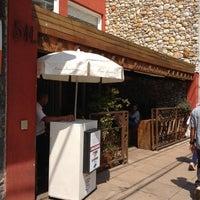 Foto tirada no(a) Marie-Madeleine Boutique Gourmet por Roberto T. em 10/2/2012
