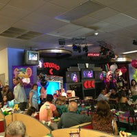 Photo taken at Chuck E. Cheese's by Viktor H. on 6/15/2013