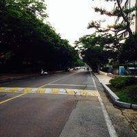 Photo taken at 경상대학교 중앙도서관 by Ria S. on 6/12/2014