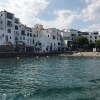 Photo taken at Creus Cadaqués by Debby D. on 7/9/2018