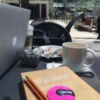 9/5/2017 tarihinde Aysel D.ziyaretçi tarafından Starbucks'de çekilen fotoğraf