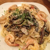 Photo taken at DaVinci Italian Eatery by Magen S. on 2/7/2014