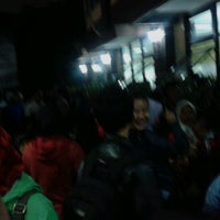 Photo taken at Kantor Kecamatan Ciledug - Kota Tangerang by Hary K. on 11/20/2012