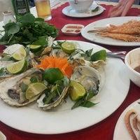 Photo prise au Nhà hàng Thủy Chung par Byoung Hyun P. le4/9/2013