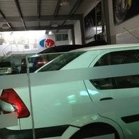 Photo taken at Frenos Unicos by Cz@r B. on 12/21/2012