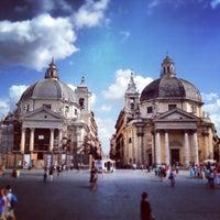 Foto tomada en Piazza del Popolo por Ira Z. el 6/24/2013