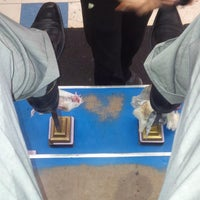 Photo taken at Luz's Shoe Repair by Vicario Brensley P. on 9/13/2013