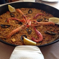 Photo taken at Restaurant Mateu by Borja A. on 4/21/2014