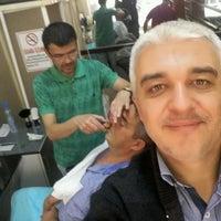 Photo taken at siyah inci erkek kuaförü by Fahrettin D. on 9/23/2016
