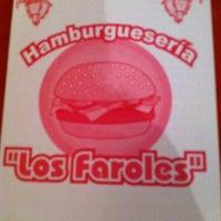 Photo taken at Hamburgueseria Los faroles by GYM PLAZA C. on 3/8/2013
