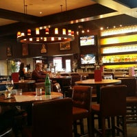 Photo taken at Earls Restaurant by Kent G. on 6/11/2016