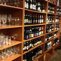 Foto tirada no(a) Reduto da Cerveja por Mayara S. em 1/12/2013