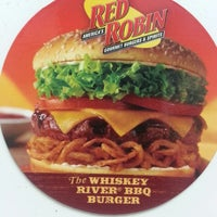 Photo taken at Red Robin Gourmet Burgers by Bob H. on 2/17/2013