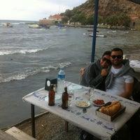 10/28/2012 tarihinde AHMET O.ziyaretçi tarafından Karina Balık Restaurant'de çekilen fotoğraf