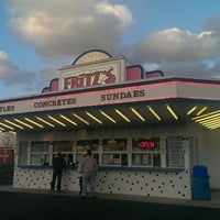 Photo taken at Fritz's Frozen Custard by Ruben A. on 4/20/2013