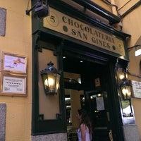 Photo taken at Chocolatería San Ginés by Ruben A. on 6/10/2013