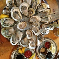 Foto scattata a Upstate Craft Beer and Oyster Bar da Jenny L. il 7/28/2013