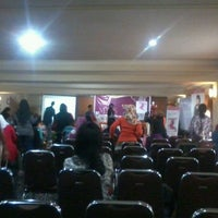 Photo taken at Grand Jamrud Hotel Samarinda by Ahmad M. on 12/23/2012
