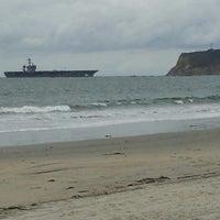 Foto tirada no(a) Breakers Beach por Chelsea R. em 2/19/2013