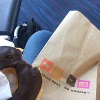 Photo taken at Dunkin Donuts by Loops R. on 10/12/2017