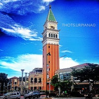 Photo taken at The Venice Piazza by Thots U. on 5/30/2013