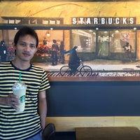 Photo taken at Starbucks by NontthepCool on 9/19/2015