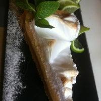 Foto tomada en Isabella's Restaurant por Mercedes el 12/13/2012